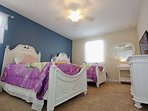 Upstairs 'Princess' Twin Bedroom w/Two Twin Beds & Flat Screen TV