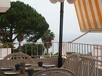 Magnífica terraza con vista al mar