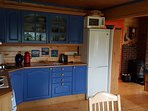 Kitchen - Fully equipped, hot&cold water, integrated stove and oven.
