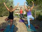 2 mal in der Woche Yoga am Teich
