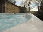Countryside retreat with hot tub