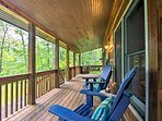 Unplug and de-stress at this vacation rental cabin!