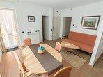 Brown(2+1): living room