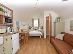 57158 Log Cabin situated in Brampton (2.5mls NW)