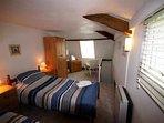 Top twin bedroom cont