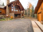 Wild Cat Lair feels like a log cabin in the woods - with great ski access near the core.