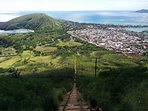Walking distance to Koko Head stairs hiking trail