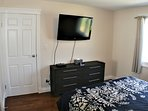 GUEST BEDROOM WITH 47 INCH TV