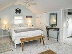 Baby Love Shack: Studio Cottage w/Sun Porch. 3 min walk to Beach, & all, Great C