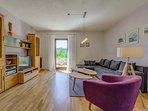 Wohnbereich  -  helles Wohnzimmer