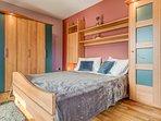 Schlafbereich  -  Schlafzimmer mit Kleider Schrank