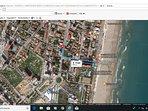 Ubicación apartamento a 4 minutos andando de la playa y cerca de comercios y zona de ocio.