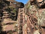Se ofrecen Tours alternativos y Trekkings para los viajeros más aventureros
