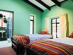 Dormitorio doble 'Larapita' con baño privado, bonito, cómodo y limpio
