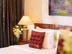 Akuvara - Bedroom 2 cushions