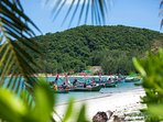 Akuvara - Fisherman boats