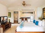 Akuvara - Upstairs guest suite
