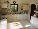 Kitchen with Laundry Room - Dishwasher, Cooker/Oven, Washing Machine, Toaster, Kettle etc.