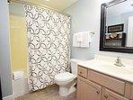 Bathroom 2 Waters Edge Resort Unit 412 Fort Walton Beach Okaloosa Island Vacation Rentals