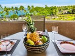 Outdoor dining on the lanai