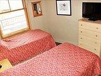 Bedroom 2 - 3.JPG