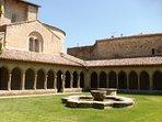 l'Abbaye de Saint Hilaire une merveille à 30 km du gîte