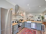 This fully equipped kitchen will have you feeling like a real chef.