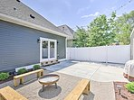 Six guests can enjoy this beautiful home with an outdoor space!