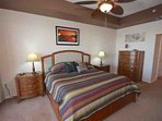 Master Bedroom with King Bed/Flat Screen Cable TV/Private Master Bathroom/Access to Waterfront Patio
