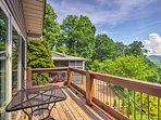 'Big Oak Villa' boasts spectacular views and accommodations for 10 guests.