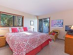 Sea View - Master Bedroom: King Bed