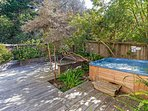 Sea View - Backyard Hot Tub