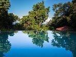 The Waters - Wet edge pool