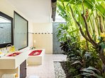 Bathtub and outdoor facilities in the bathroom