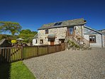 Gospenheale Barn has a spacious parking area. From here you can easily explore all of Cornwall.