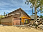 If you're traveling with a large group, be sure to check the availability of the neighboring 3 cabins (Evolve listing...