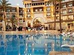 Resort Centre Hotel