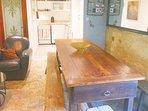 GREEN HAVEN Kitchen well equiped on the livingroom + bbq plancha & extra Fridge under the veranda
