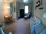 Country Cottage Suite sleeps 6 - detached 2 bedroom with full kitchen, bath and washer/dryer.