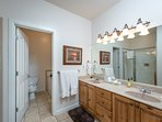 Master bath/double vanity/jetted tub