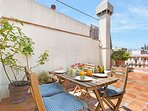 Cosy front terrace, ideal to have breakfast