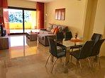 Livin/dining room
