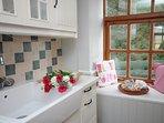 Kitchen with stylish belfast sink