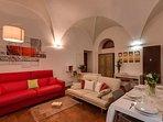 01 coronari living room
