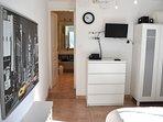 with its en suite shower room.