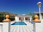 Gran terraza, Casa completa privada con Piscina Privada con recinto privado en toda la casa