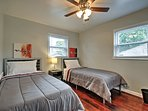 Kids will love sharing the second bedroom with 2 twin beds!