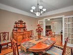 This dining room is made for memorable formal dinners.
