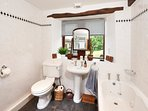 Master family bathroom