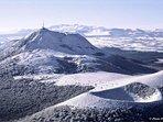 Le Puy de Dôme enneigé par Paul Lutz